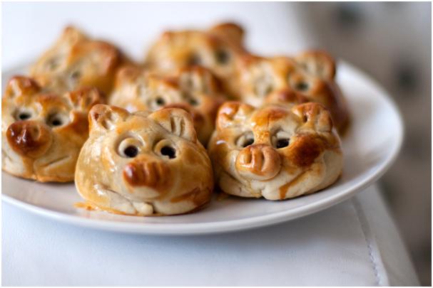 PiggyMooncakes 05